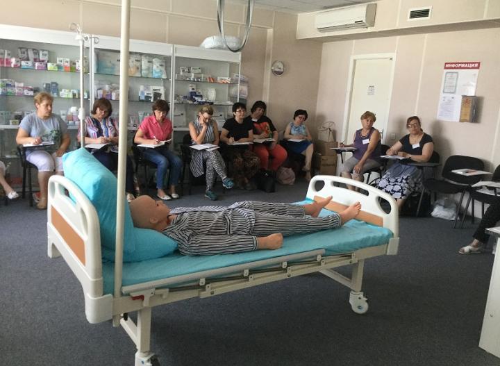 Красный Крест открыл в Ростове школу сиделок для тяжелобольных