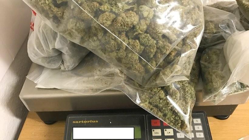 В москве с 1 кг марихуаны марихуана курить раз в месяц